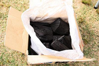 木炭_スポオソ6kg_0598.jpg