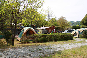 日時計の丘公園_1日目_川よこサイト川側.JPG
