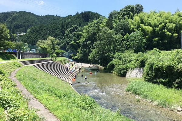 細野渓流2_川遊び_5833_600.jpg
